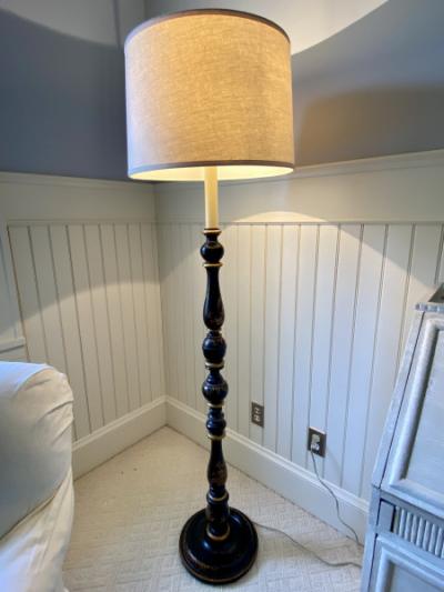 Asian-Floor-Lamp