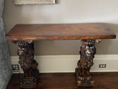 Lion-Tables-1
