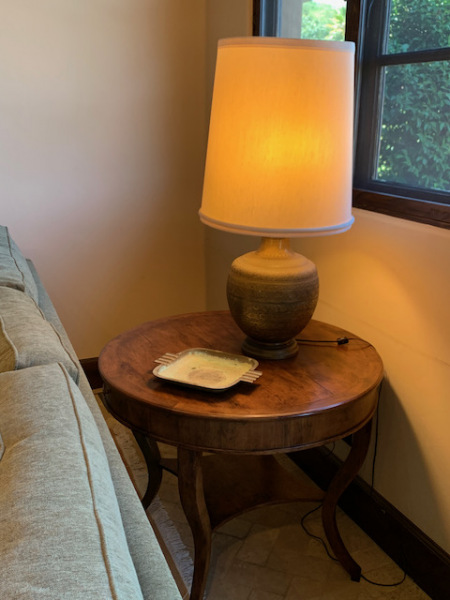 Round Occasional Table with Brass Lamp