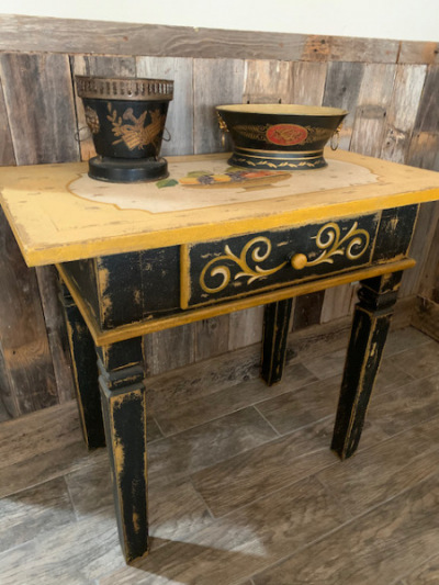 """Painted Side Table """"Fruit"""" Detail on Top"""