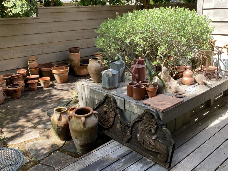 Pots Galore and Garden Amenities
