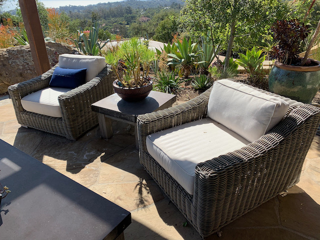 Pr. Wicker Patio Chairs ~ Side Table