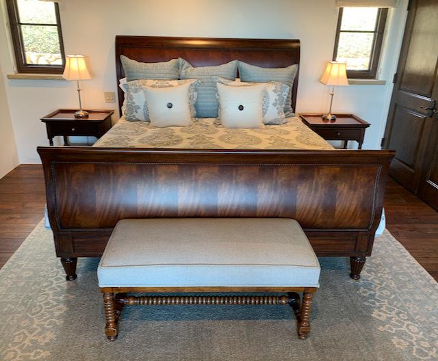 King Sleigh Bed ~ Mattress Set