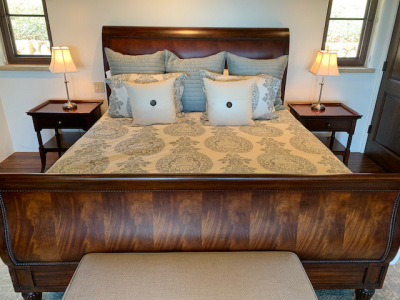 King Sleigh Bed Close