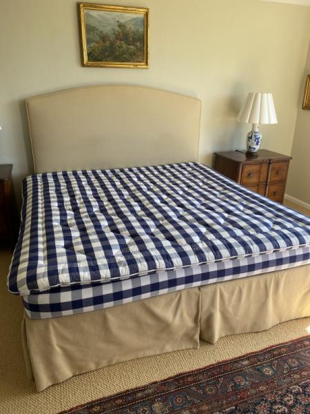 Hasten's King Bed