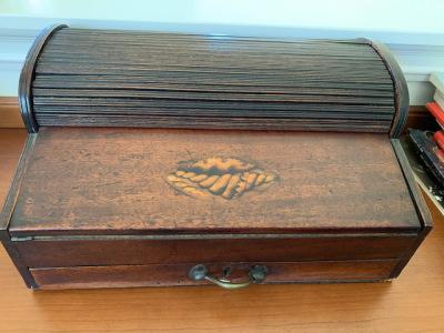 Tambour Box