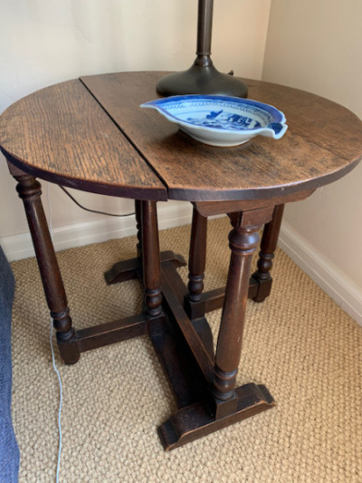 Antique Round Drop-leaf Table